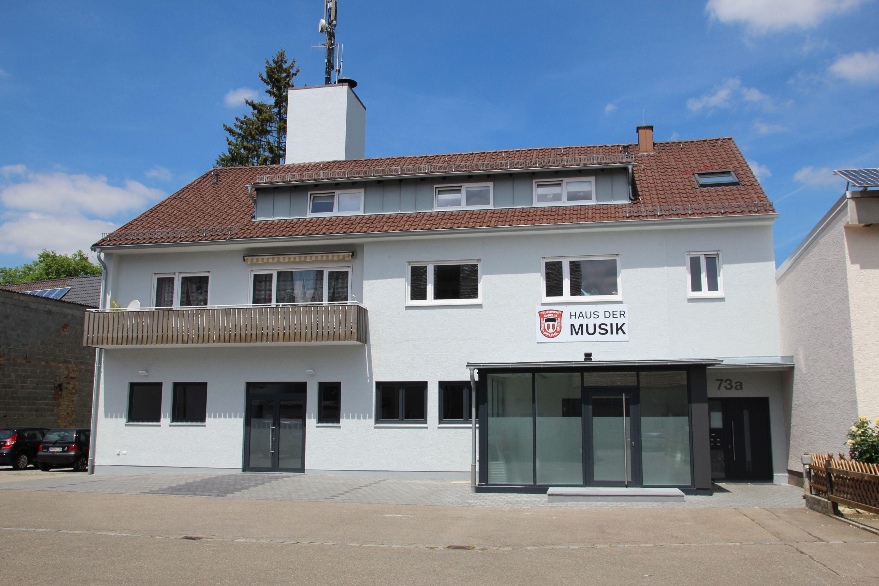 CSU Pfuhl gratuliert zum neuen Musikerheim